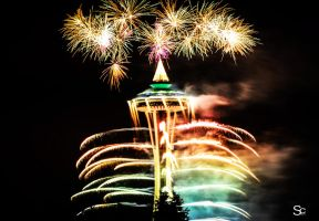 Space needle New Years 2013 by ShannonCPhotography