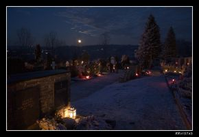 cementary on christmas II by RRVISTAS