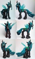 Queen Chrysalis by DaOldHorse