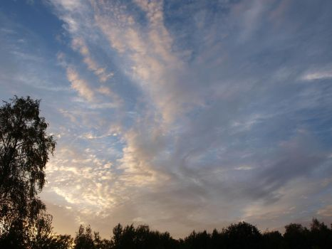 July 2012 Sky 32 by K1ku-Stock