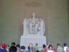 Lincoln Statue by redmustang03