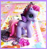 Lilac Pony Necklace by cherryboop