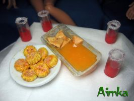 Tomato juice with crackets and nachos by Aimka
