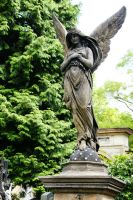 Angel in Vysehrad 4 by Heurchon