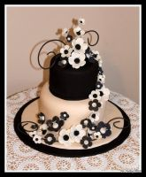 Black and Ivory Wedding Cake by lenslady