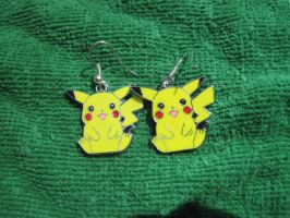 pikachu earrings by MagicalMegumi