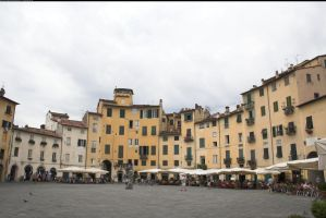Piazza Anfiteatro 1 by enframed