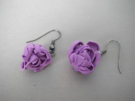 Earrings roses by maluka3