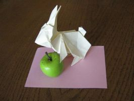 Origami bunny with green apple by DarkUmah