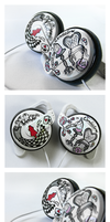 Alice In Wonderland Clip-on Headphones by Ketchupize