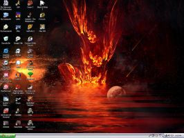 Desktop as of 11-20-05 by ItchyBarracuda