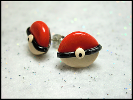 Pokeball Earrings by GrandmaThunderpants