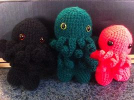 Cutethulhu Family by Sigilien