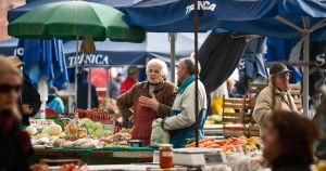 the market is the place by IgorKlajo