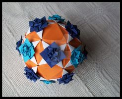 Kusudama 7 by lonely--soldier