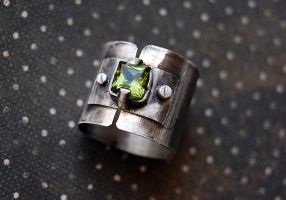 Steampunk spinner ring silver sterlin with green s by honeypunk