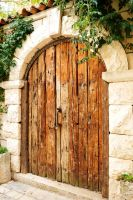 Wooden door - Stari Grad by wildplaces