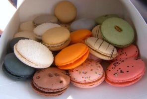 macarons in a box by bandoodie