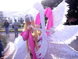 lalalalala another angewomon cosplay picture xD by HaruhichanxD