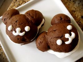 Whoopie Pie Bears by KralleCakes