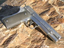 1911 colt lookalike by faustus70