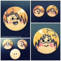 Hetalia: Us.. and Can. buttons by BrokenPencil13