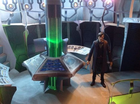 TDOTD 11th Doctor and Tardis by Thedoctor0011