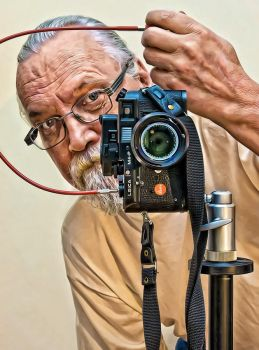 Self with my Leica ver.2.0 by carlzon