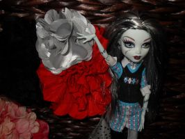 frankie and some of my stuff by Chenae00