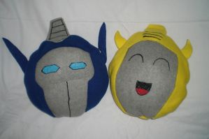 Optimus and Bee Pillows by SilverPhantom