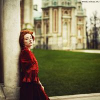 Elisabeth in autumn by NataliaCiobanu