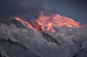 Mont Blanc sunset by Zwoing