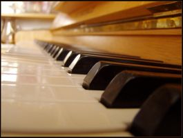 Piano by xTom