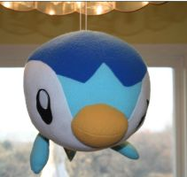 Piplup flys by Trissacar
