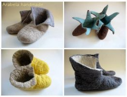 Felt booties by Amaltheea