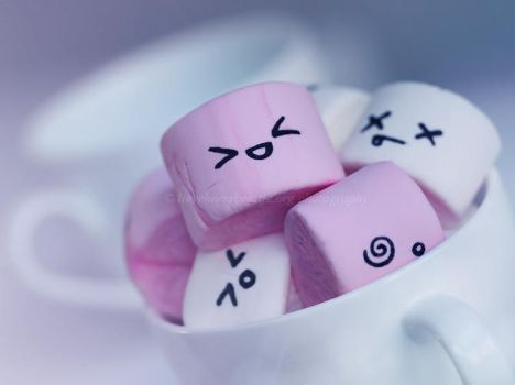 Cute marshmallows by lieveheersbeestje