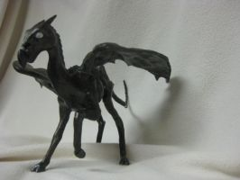 Thestral by StrawberryNezumi
