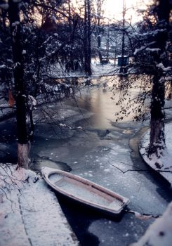 snow boat by 2orb