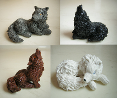 Little Clay Wolves by Pinkfirefly135