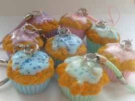 Cupcake Charms - Phonestraps and keychains by Luna-Goodies