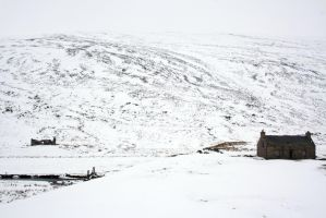 Bothy's in the Snow by hnosyalnif