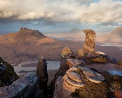 Sgurr Tuath Rock Formations by Alex37