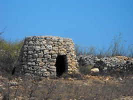 Maltese Stone Hut by Faunamelitensis