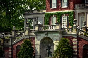 Old Westbury Mansion by WickedOwl514