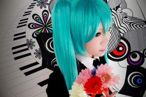 VOCALOID2-saihate by Sakina666