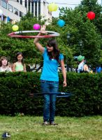 Hula-Hoop Girl by imonline