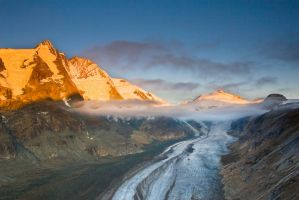 Sunset at Grossglockner by VirtualWords