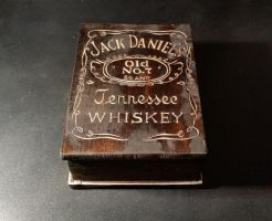 jack daniels wooden box with leather inside by EdwardWoodART
