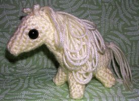 White Crocheted Horse Pony by Eliea