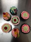 Cupcakes by amyhearts2sing